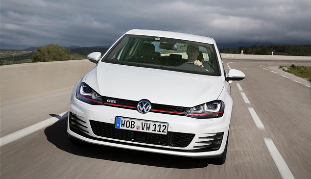 Знакомимся с самым практичным хот-хэтчем этого года: VW Golf GTI. Фото 5