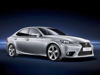 Новый Lexus IS доберется до России в сентябре