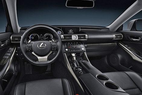 Седан будет доступен с двумя моторами и в четырех комплектациях. Фото 4