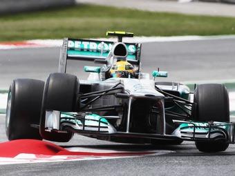 Команда Mercedes AMG провела секретные тесты шин Pirelli