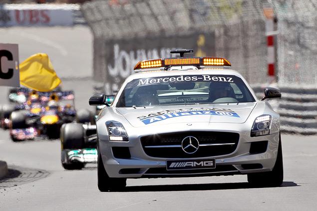 Нико Росберг выиграл Гран-при Монако через 30 лет после победы своего отца. Фото 3