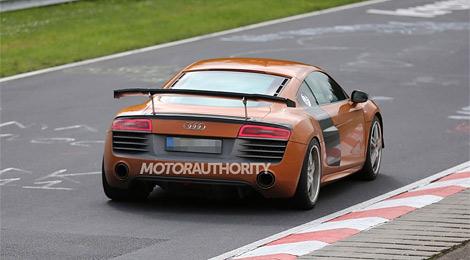 Облегченная модификация Audi R8 может появиться в 2015 году