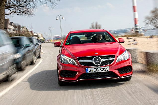 Расслабляемся за рулем обновленных купе и кабриолета Mercedes-Benz E-класса. Фото 5