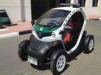 К суперкарам полиции Дубая добавили электромобиль