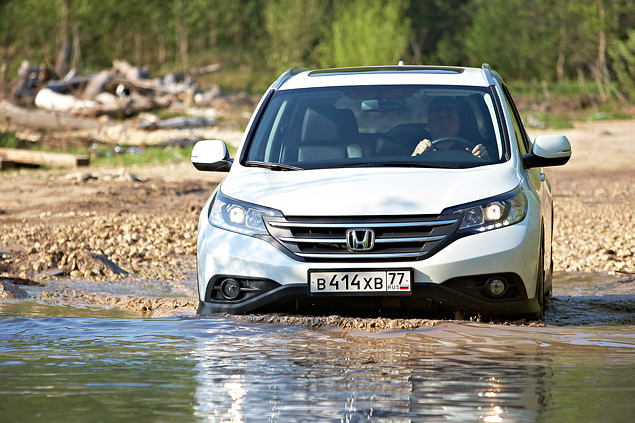 Ищем отличия кроссоверов Honda CR-V с моторами 2.0 и 2.4. Фото 8