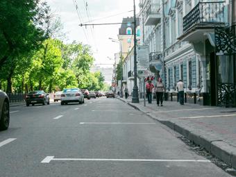 Москвичи без машин одобрили введение платных стоянок