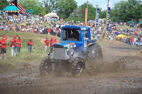 В Ростове прошли единственные в стране гонки на сельхозтехнике. Фото 7