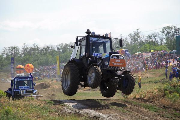 В Ростове прошли единственные в стране гонки на сельхозтехнике. Фото 11
