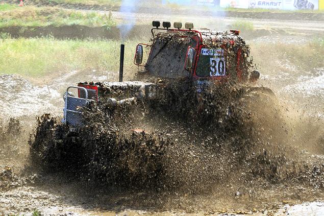 В Ростове прошли единственные в стране гонки на сельхозтехнике. Фото 14