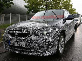 BMW начала тестировать для китайцев электрокар на базе X1