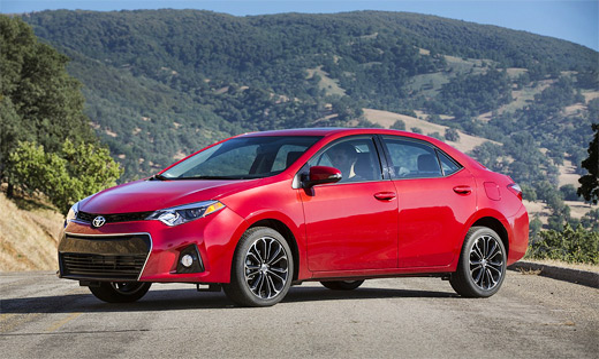 Toyota представила седан Corolla нового поколения