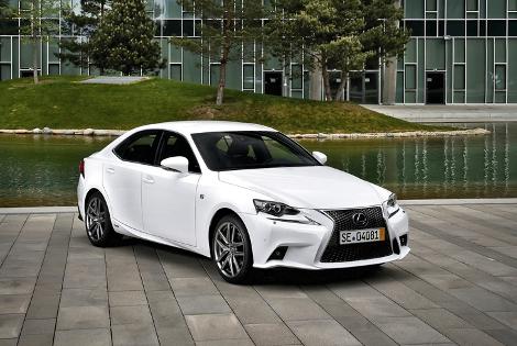 Японская компания объявила рублевые цены на седан нового поколения