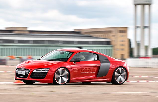 Мини-тест: электрический суперкар Audi R8 e-tron. Фото 3
