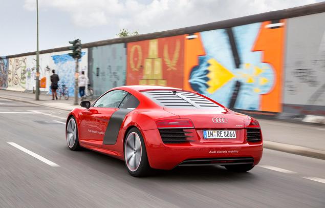 Мини-тест: электрический суперкар Audi R8 e-tron. Фото 6