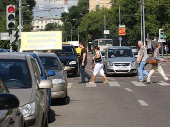 """В Москве выбрали знак для правого поворота под """"красный"""""""