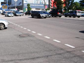 Дороги в Москве предложили делать из старых покрышек