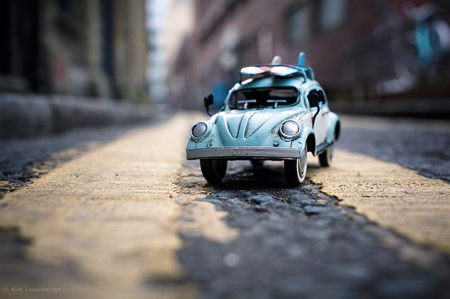 Путешествия маленьких машинок в фотографиях. Фото 1