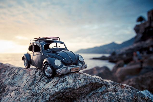 Путешествия маленьких машинок в фотографиях. Фото 2