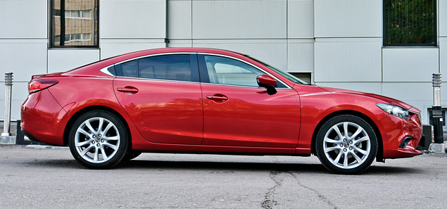 Длительный тест новой Mazda6: что она потеряла и что приобрела?