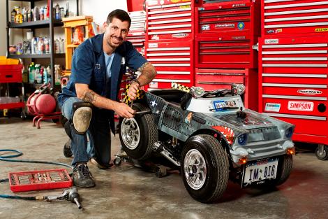 Самая маленькая на свете машина получила 0,1-литровый мотор