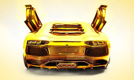 """В Дубае выставили на продажу масштабную модель """"Авентадора"""" из золота, платины и бриллиантов"""