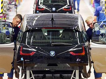 Первый серийный электрокар BMW встал на конвейер