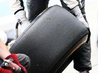 Гонки поддержки Формулы-1 получат шины Pirelli
