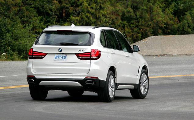 Что изменилось в BMW X5 после очередной смены поколений. Фото 10