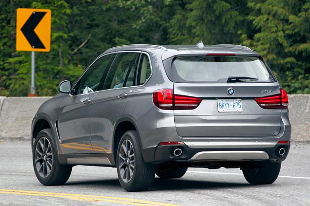 Что изменилось в BMW X5 после очередной смены поколений. Фото 12
