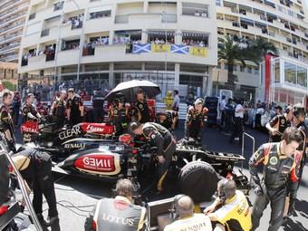 Команду Формулы-1 Lotus выставили на продажу