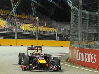Себастьян Феттель занял поул-позицию на Гран-при Сингапура