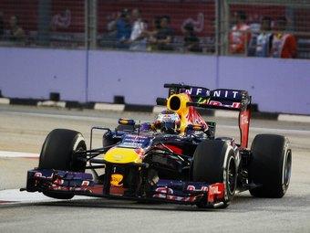 Себастьян Феттель выиграл ночную гонку Формулы-1 в Сингапуре