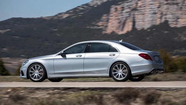 Заслуживает ли S 63 AMG звания лучшего спортивного седана Mercedes-Benz. Фото 4