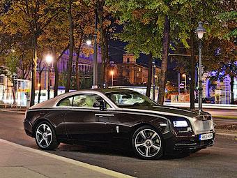 Rolls-Royce задумал выпускать карбоновые автомобили