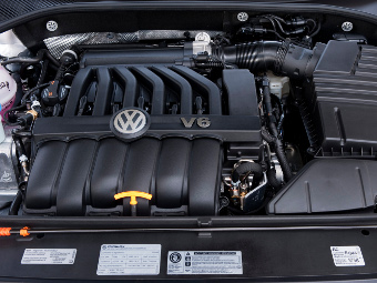 """Volkswagen заменит """"атмосферник"""" VR6 твин-турбо агрегатом"""