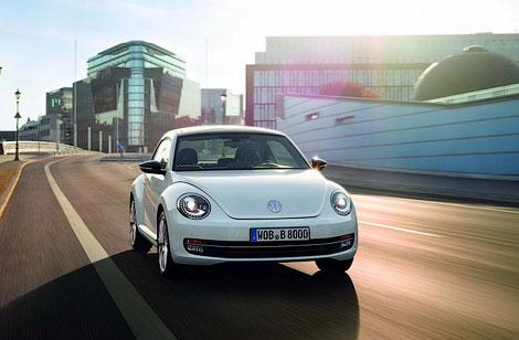 VW Beetle будет предлагаться с двумя моторами и в трех комплектациях. Фото 1