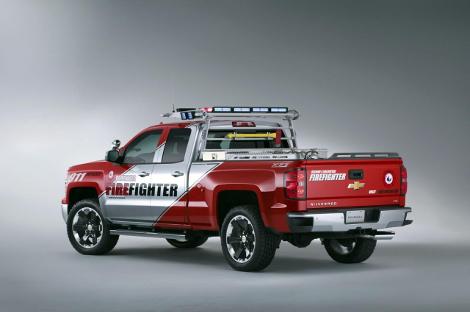 Американцы представили концептуальные варианты пикапа Silverado Double Cab