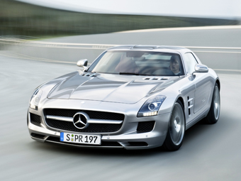 Mercedes-Benz придумал имя новому суперкару