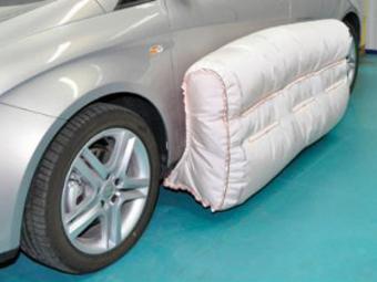 Американцы разработали боковые наружные подушки безопасности
