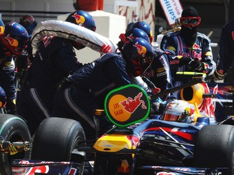 FIA отказалась от топливной монополии в Формуле-1