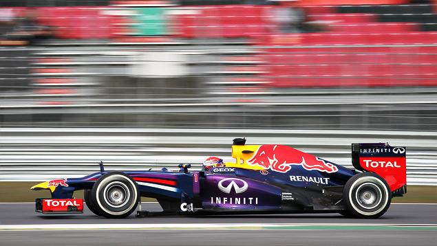 Феттель выиграл четвертую гонку Формулы-1 подряд