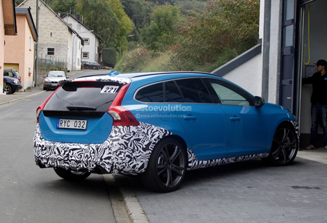 """Спортивный партнер Volvo подготовит """"горячую"""" версию V60. Фото 2"""