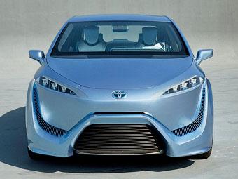 """""""Тойота"""" сообщила подробности о модели на водороде"""