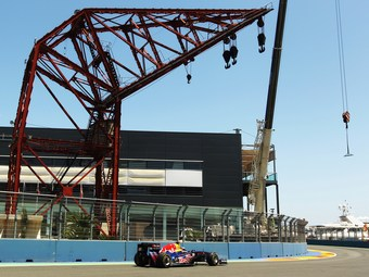 Организаторы Гран-при Европы расплатятся с Экклстоуном барьерами и шинами