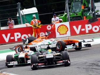 Лидеров Формулы-1 обвинили в выдавливании маленьких команд
