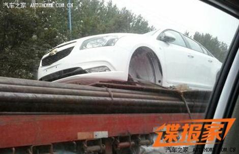 В Китае сфотографировали кузов рестайлингового Cruze. Фото 2