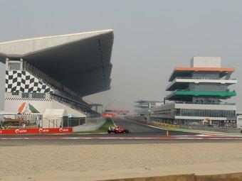 Суд отказался отменять Гран-при Индии