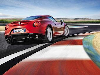 """Alfa Romeo решила сохранить свои модели """"механическими"""""""