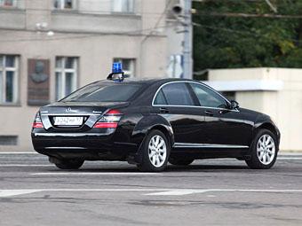 Депутаты предложили дифференцировать цены на машины для чиновников