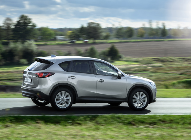 Зачем Mazda решила продавать в России CX-5, работающий на тяжелом топливе. Фото 1